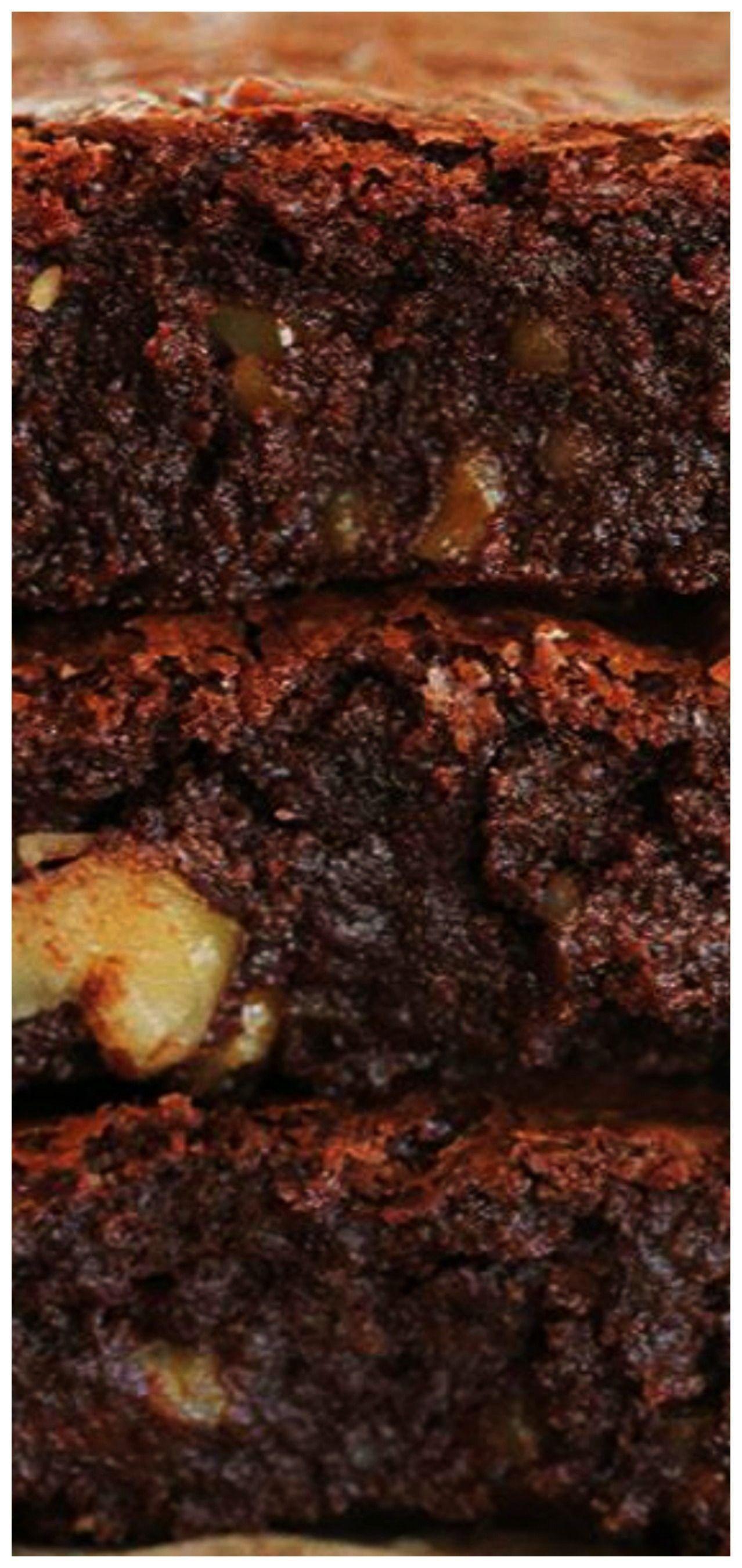 Outrageous Brownies -Inas Outrageous Brownies -  Cuando nos preguntan si un Brownie podría mejorar