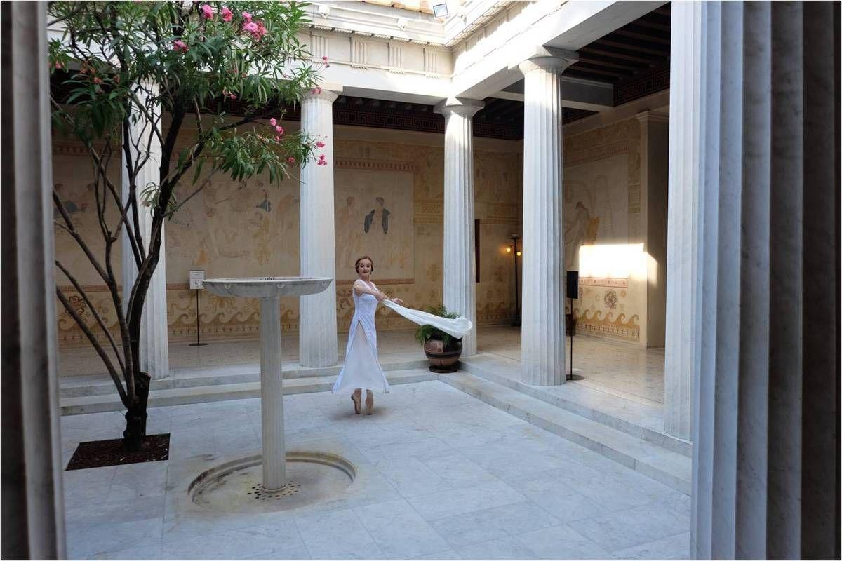 свадебное фотостудия в греческом стиле поделиться фотографией скромного