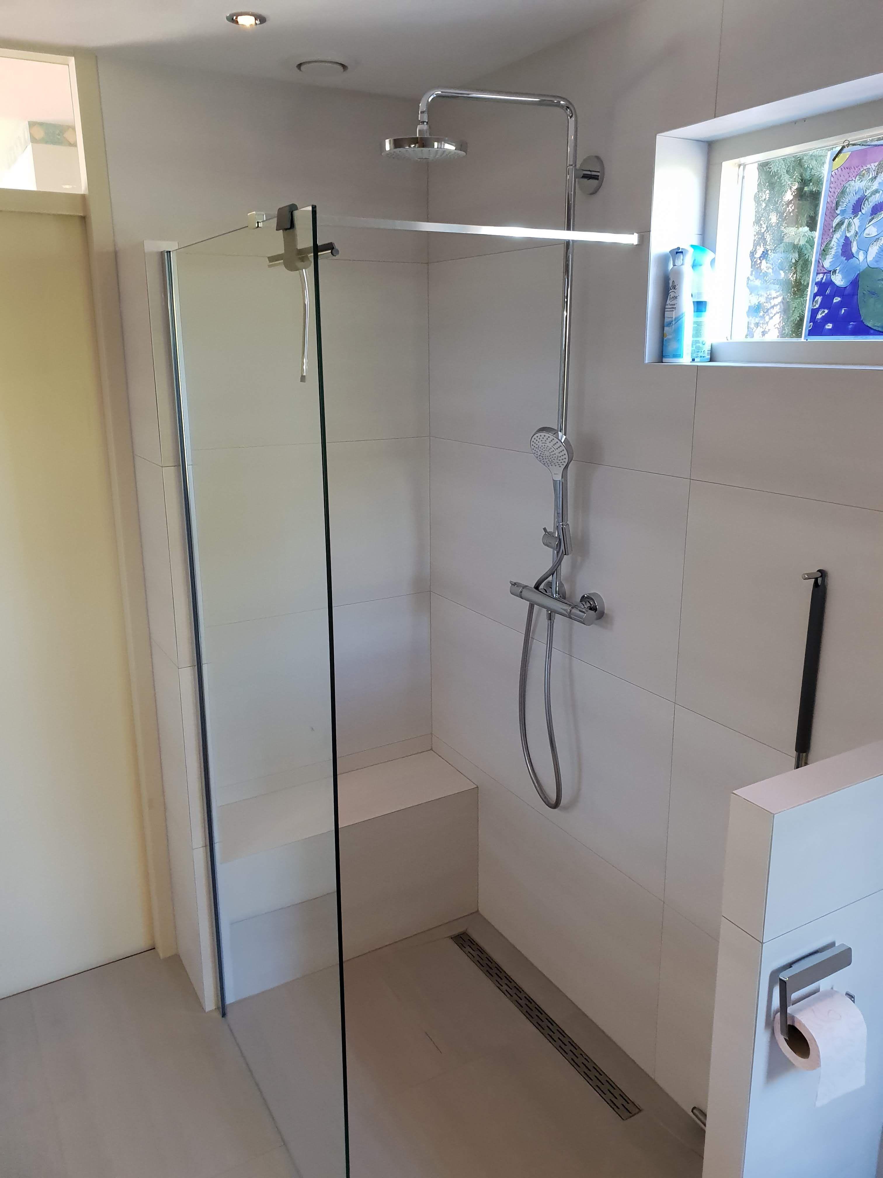 Badkamer voorbeeld van Sanidrome Pennings. De wens van dit ouder ...