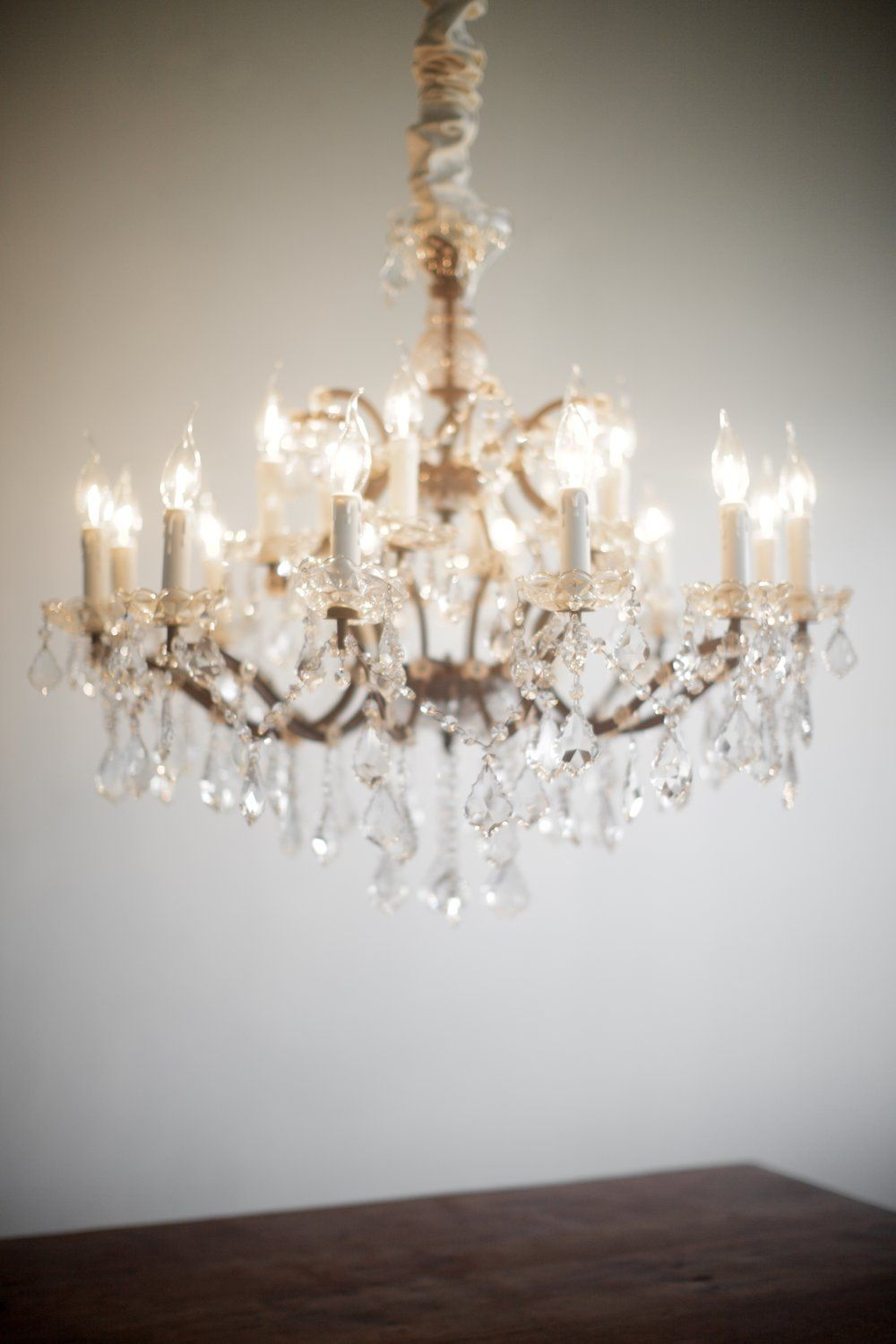 Rococo Crystal Chandeliers With Images Wedding Chandelier