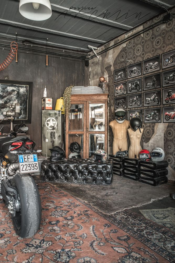 Motorbikes on the living room or like living room on the garage ...