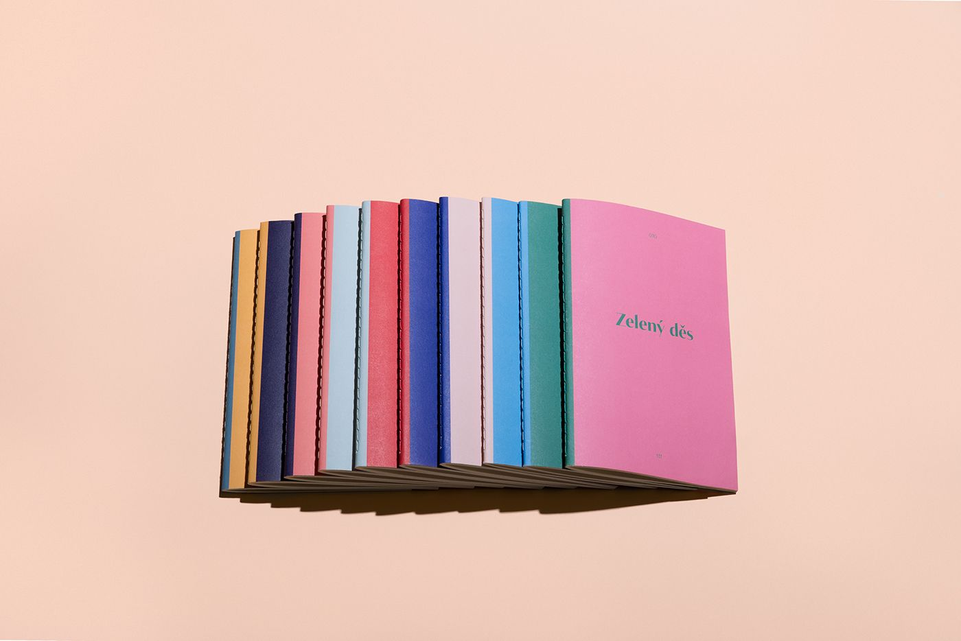 다음 @Behance 프로젝트 확인: \u201cTake Take Take Book Edition\u201d https://www.behance.net/gallery/47849623/Take-Take-Take-Book-Edition