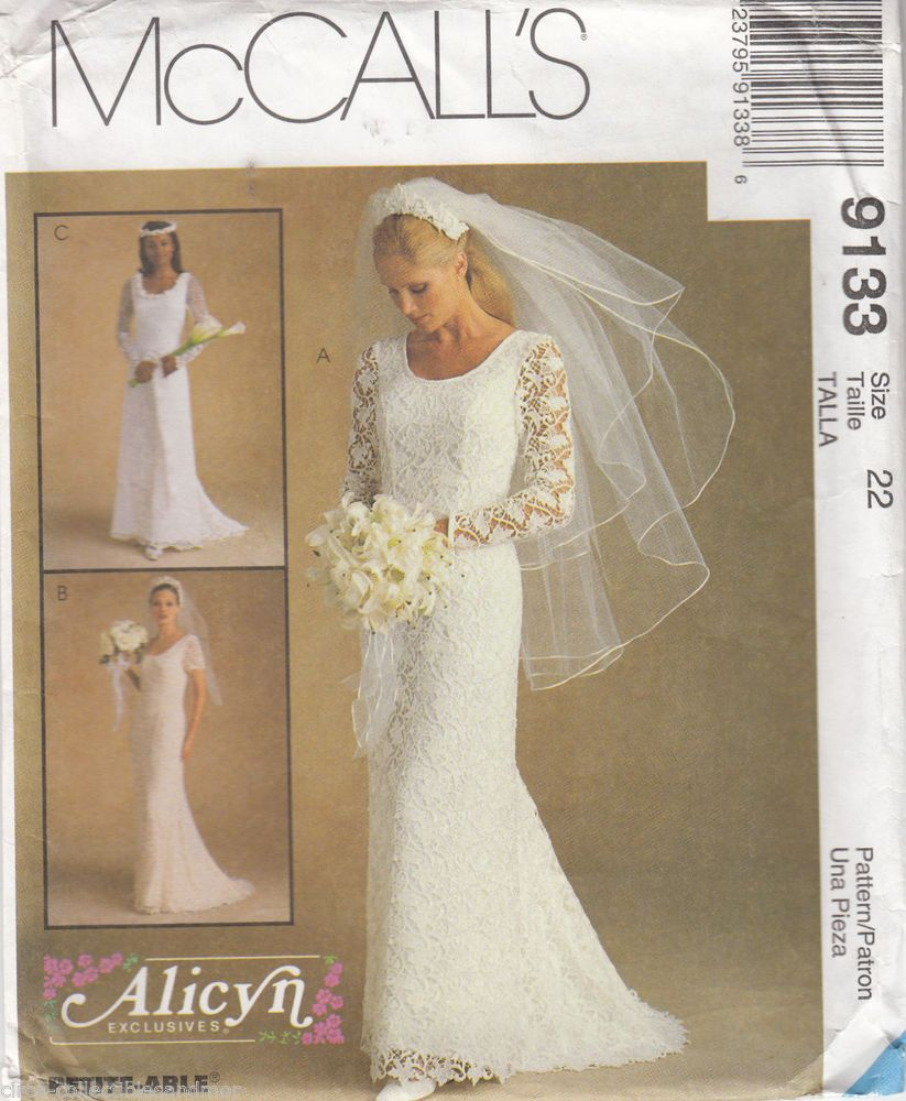 Size 22 wedding dress  Bridal Wedding Gown Dress Lace Overlay McCalls Sewing Pattern