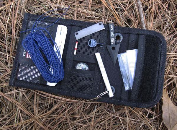 ESEE Izula Gear Wallet E&E Mini Survival Kit - KnifeCenter - WALLET-KIT