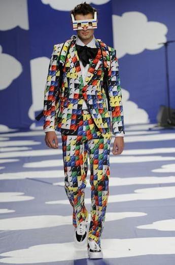 LEGO Fashion Hits the Runway « Fashion Design | LEGO Fashionista ...