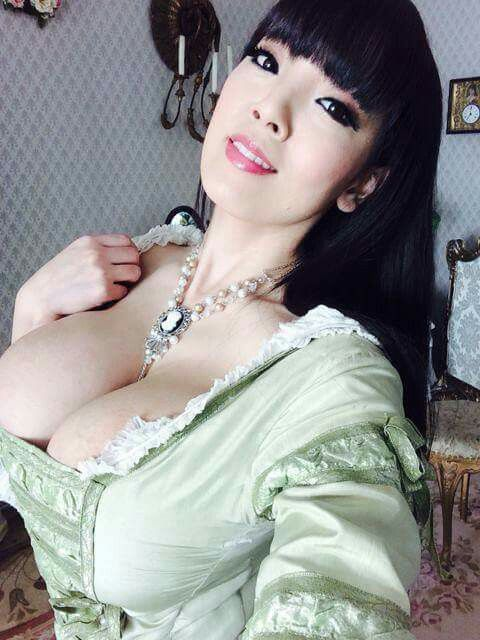 Hitomi tanaka pictures