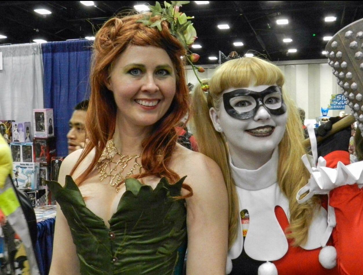 SDCC San Diego Comic con 2014 #harleyquinn #poisonivy #cosplay #costume