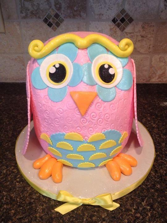 cake artist credit goes to Carey Innaccaro of Sprinkled with Sugar
