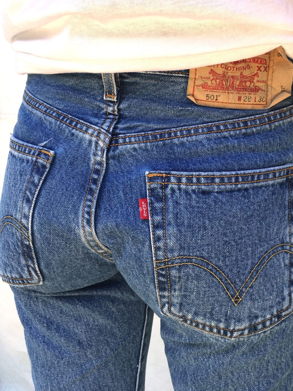 8271efc1dea LEVIS 501 Waist 27 High Waist Levi Boyfriend Jeans Levi s Button Fly 501 by  Chicaluna on Etsy