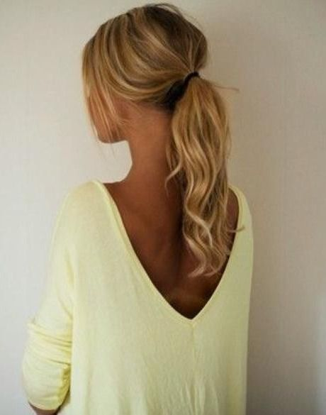 10 Curly Hair Ponytails To Change Up Your Look Hair Styles Curly Hair Styles Hair Beauty