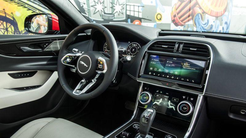 2020 Jaguar Xe Is More Than A Typical Refresh Design Chief Says Jaguar Xe Jaguar Suv Interior New Jaguar