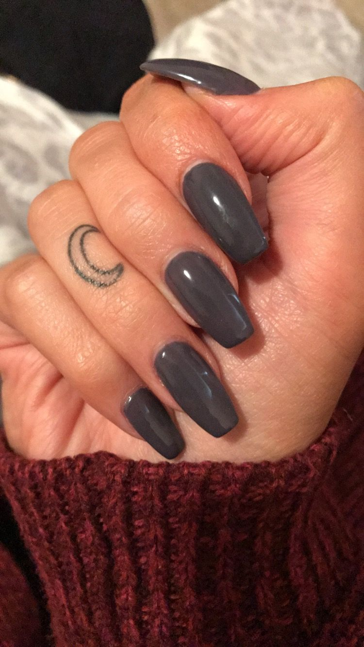 Dark And Stormy Charcoal Grey To Match The Wintery Weather Gray Nails Bridesmaids Nails Grey Acrylic Nails