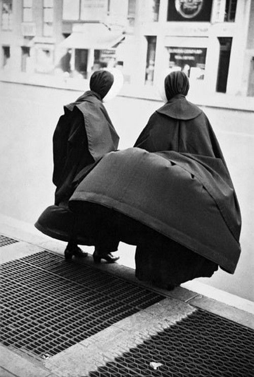 Nuns, c1949 by Saul Leiter