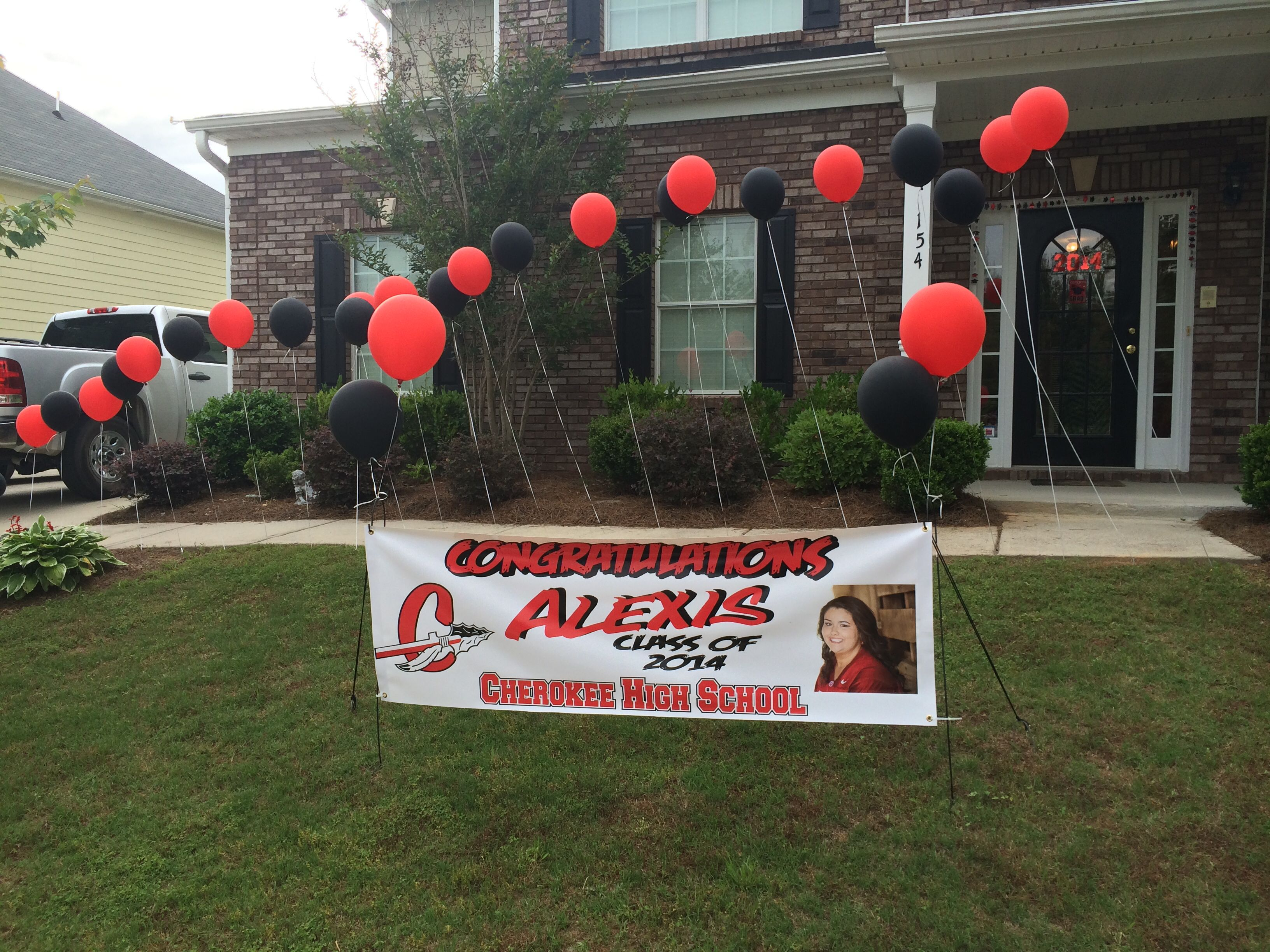 Graduation Party Front yard banner with stair step balloons