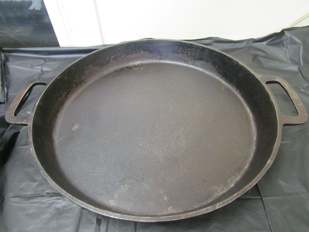 Vintage Rare 20 Lodge Cast Iron Hotel Skillet No 20 With Heat Ring Made In Usa Cast Iron Lodge Cast Iron It Cast