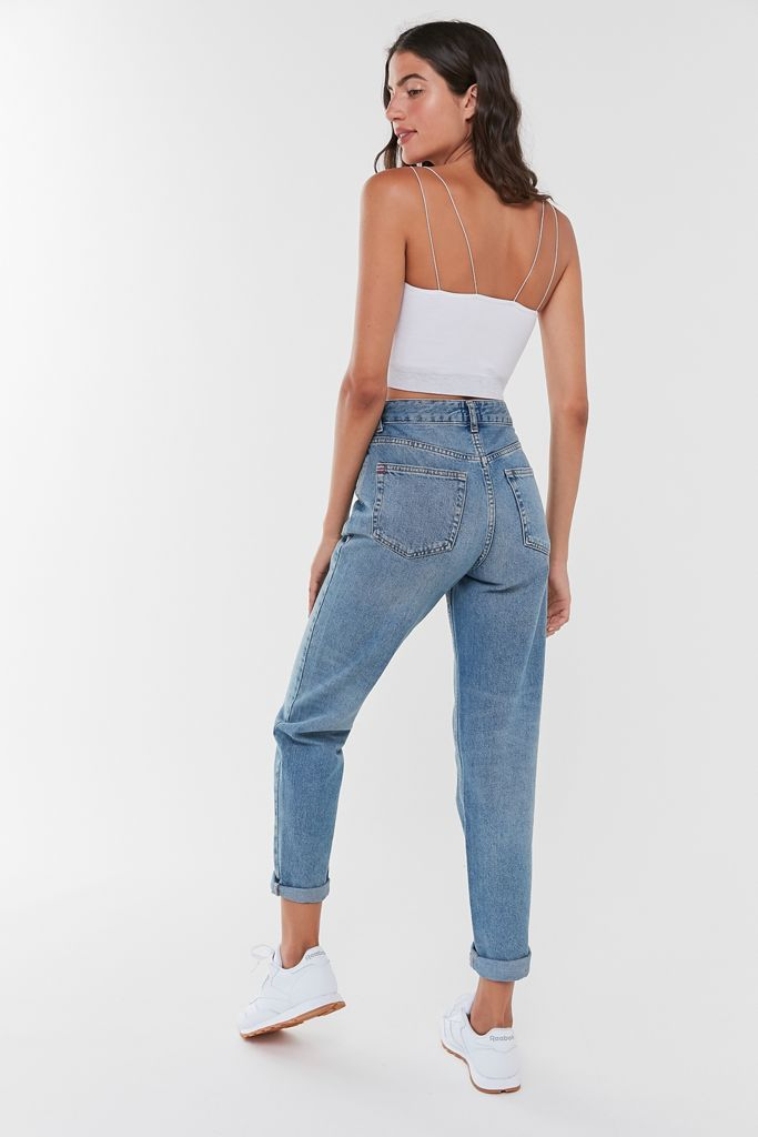 Photo of BDG High-Waisted Mom Jean – Light Wash