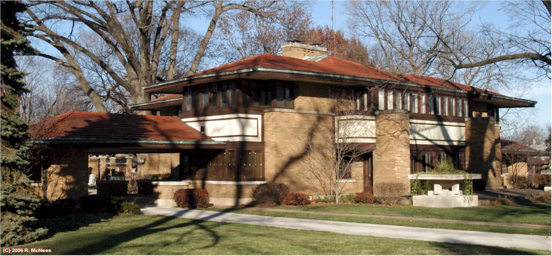 Elegant Franklin Lloyd Wright House