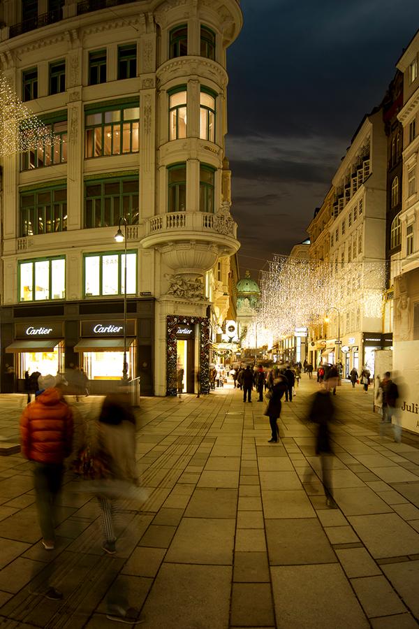 Pin op Wenen