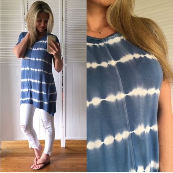 Blue and White Tunic So soft.  So summery!  This is a REPOSH from @mrsperkins These are her pictures! Worn 2-3x like new condition. ❌NO TRADES❌ Tops Tunics