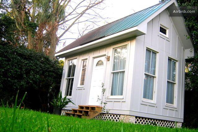 Adorable Charleston Tiny House Tiny House Exterior