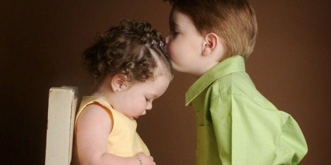 Romantic Babies Couple Beautiful Wallpapers For Facebook Profile Pic Cute Baby Couple Kids Kiss Cute Kiss