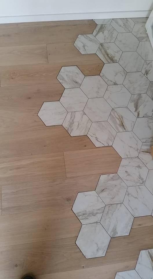 Pavimento in legno confinante con pavimento in cotto parquet e piastrelle esagonali nel 2019 - Parquet e piastrelle ...