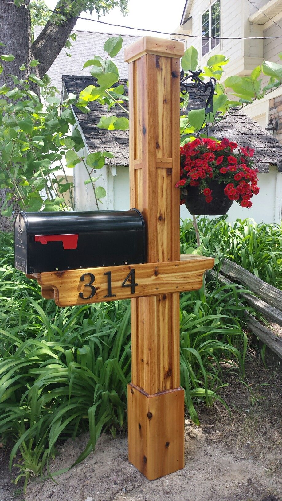 Cedar Mailbox Post Mailbox Landscaping Diy Mailbox Rustic