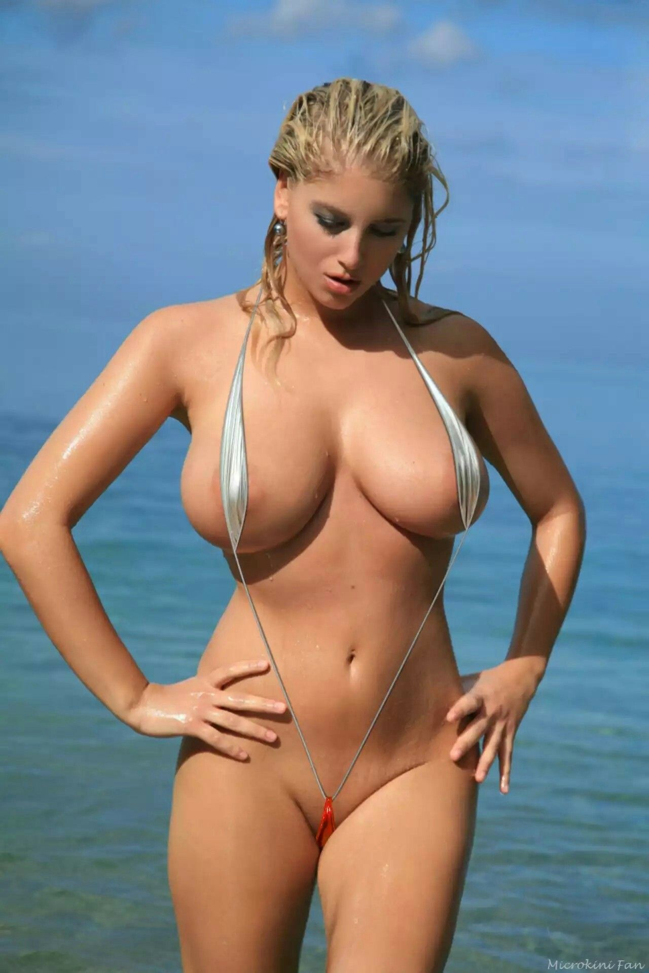 videos girls with seethrough bikinis