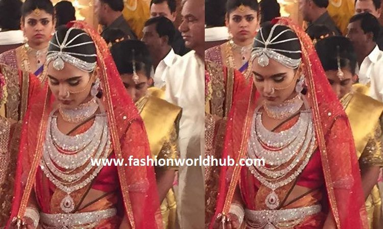 Gali Karten 2019 Wedding Dresses: Gali Janardhan Reddy Daughter Wedding Jewellery! ( Only