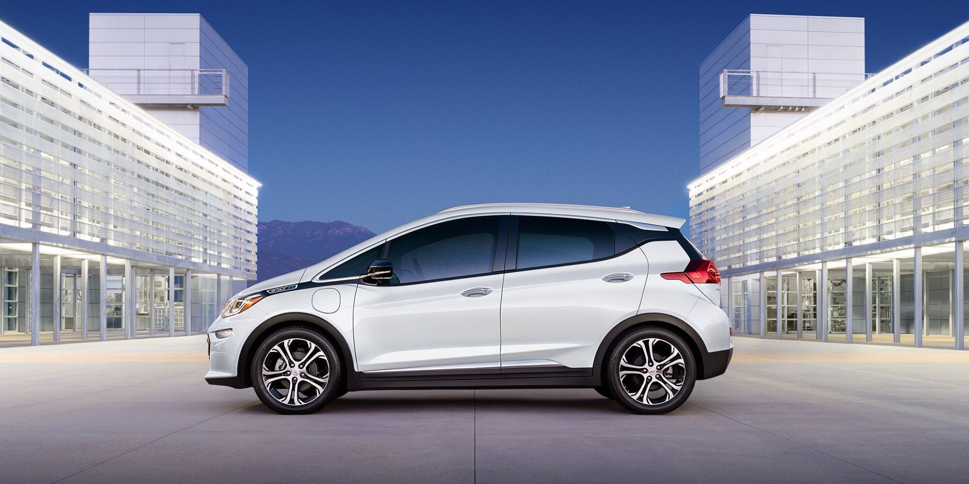 2020 Chevrolet Bolt Ev Range Interior All Electric Cars Car New Car Photo