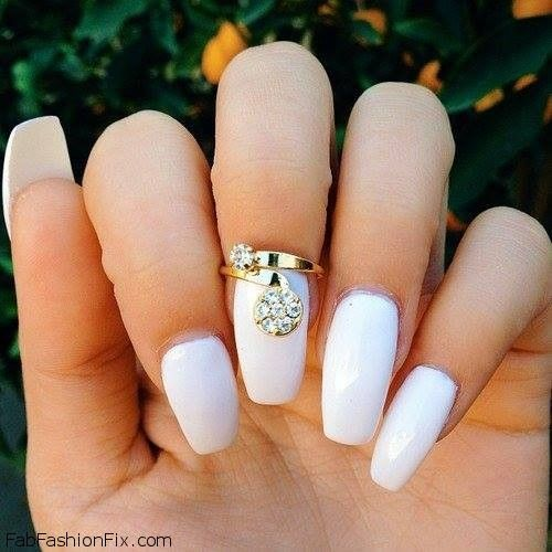 - White Nails And Artistic Nail Styles 45