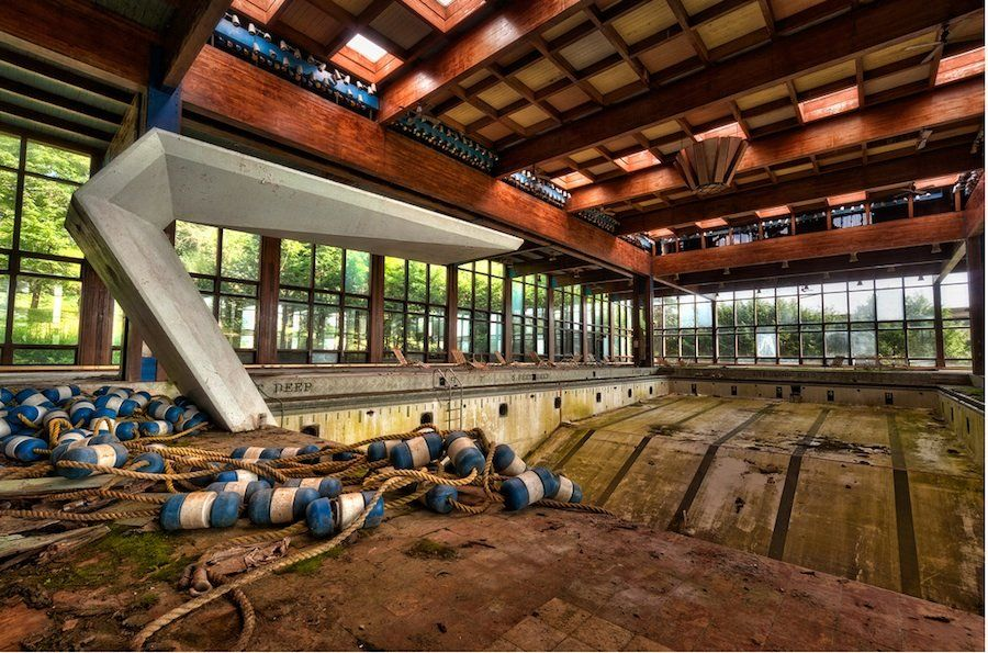 What S Left Of Grossinger Resort Liberty Ny Catskills New York Abandoned Places And Things Pinterest Resorts