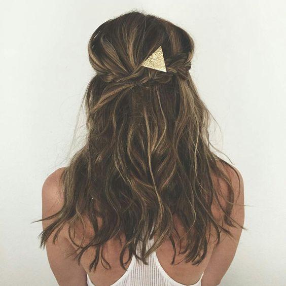 Schöne einfache Frisuren mit einem Bobby Pin | Hübsche Frisuren mit einer einfachen P …