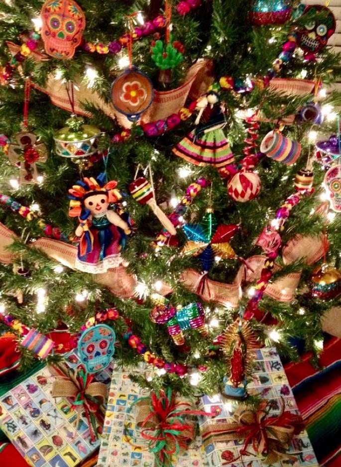 La Palm Tree Garland Christmas Tree Themes Mexican Christmas