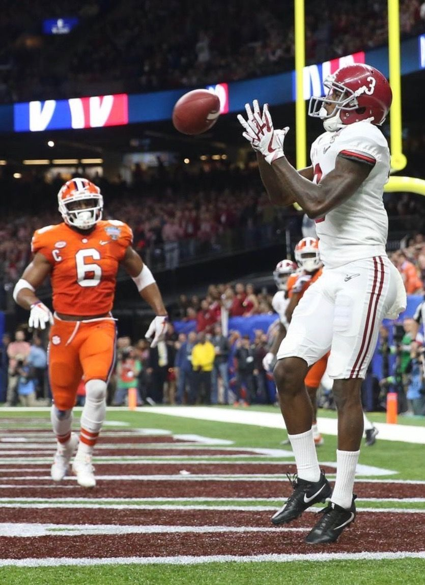 Calvin Ridley Touchdown Usa Today Pics From Alabama S 24 6 Sugar Bowl Victory Ove Alabama Crimson Tide Football Crimson Tide Football Alabama Crimson Tide