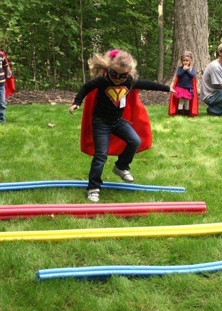 juegos superheroes aire libre