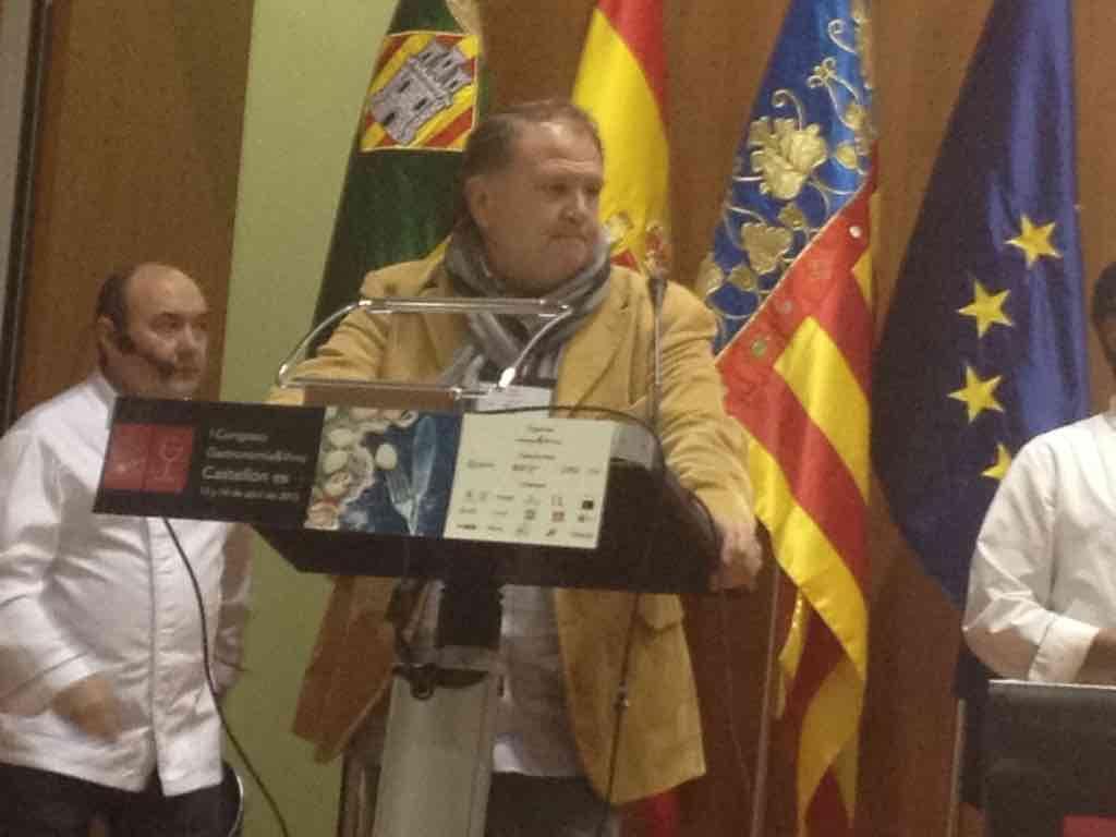 Pedro G. Mocholí, crítico gastronómico, Presentando al primer ponente
