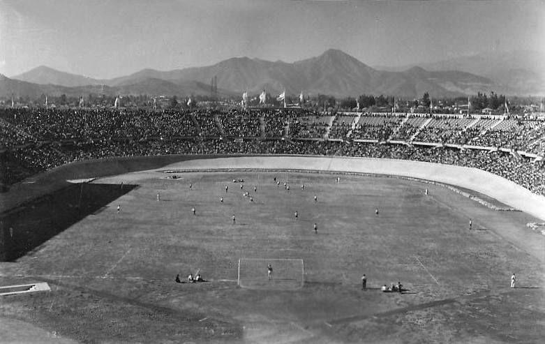 Resultado de imagen para estadio nacional de chile 1941