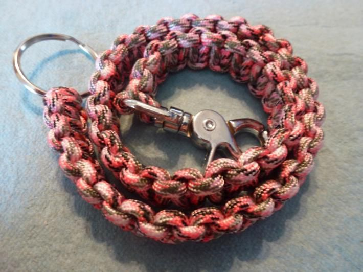 Paracord biker chain