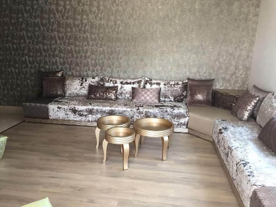Salon Marocain Salon Marocain Moderne Table Basse Carnet Du Design Home Decor Moroccan Living Room Living Room Warm