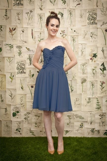 Not a fan of this dress, but this dress site is really awesome! #08 11 12