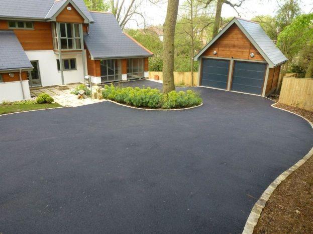 Driveway Design, Driveway Ideas, Tarmac Drives, House Front, Driveways,  Garden Ideas, Side Garden, Exterior
