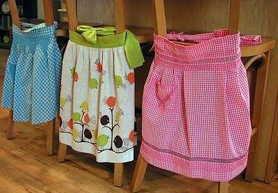 love vintage aprons