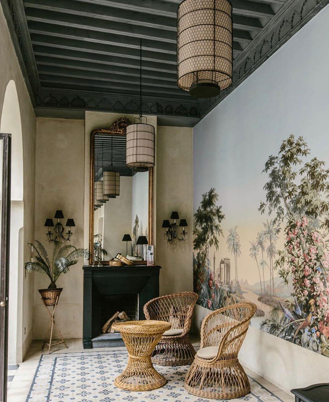 """MONA on Instagram: """"Moroccan dreams 🎪 @tarabelmarrakech . . . . #interior #interiors #interiordesign #interiorinspiration #interieur #walls #fresco…"""""""