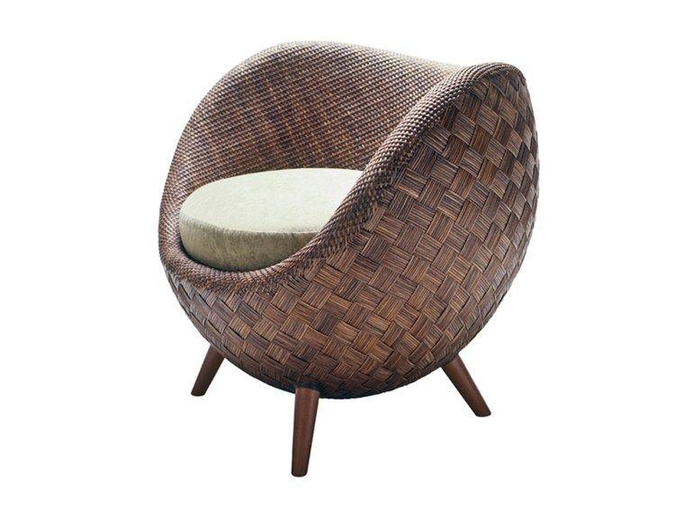 LA LUNA Armchair by KENNETH COBONPUE design Kenneth Cobonpue ...