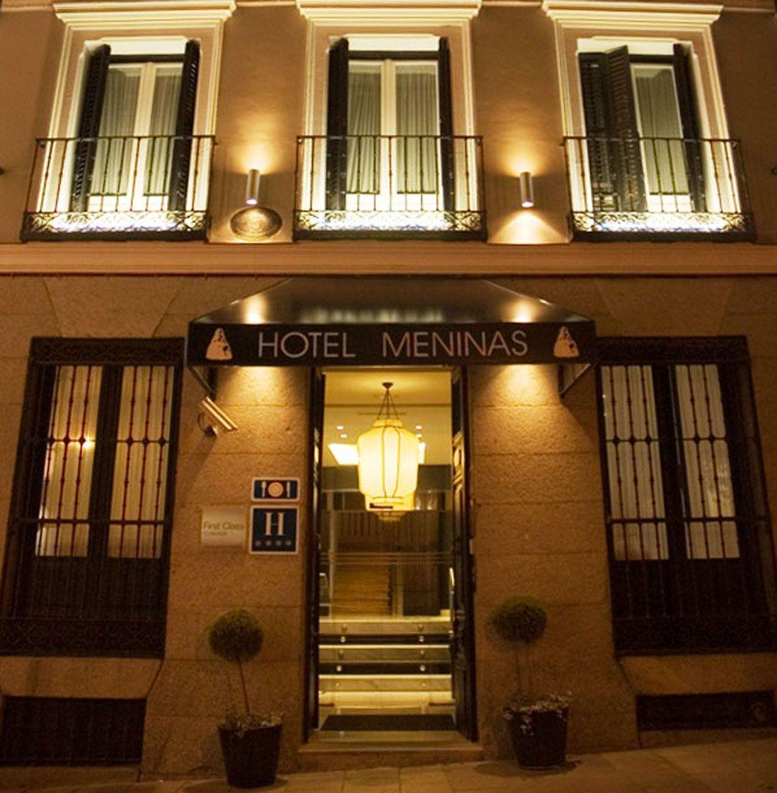Exterior Lighting   #HotelMadrid Hotel Meninas