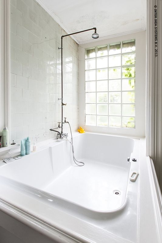 This extra large tub is timeless in stark white. | Creative Bath ...