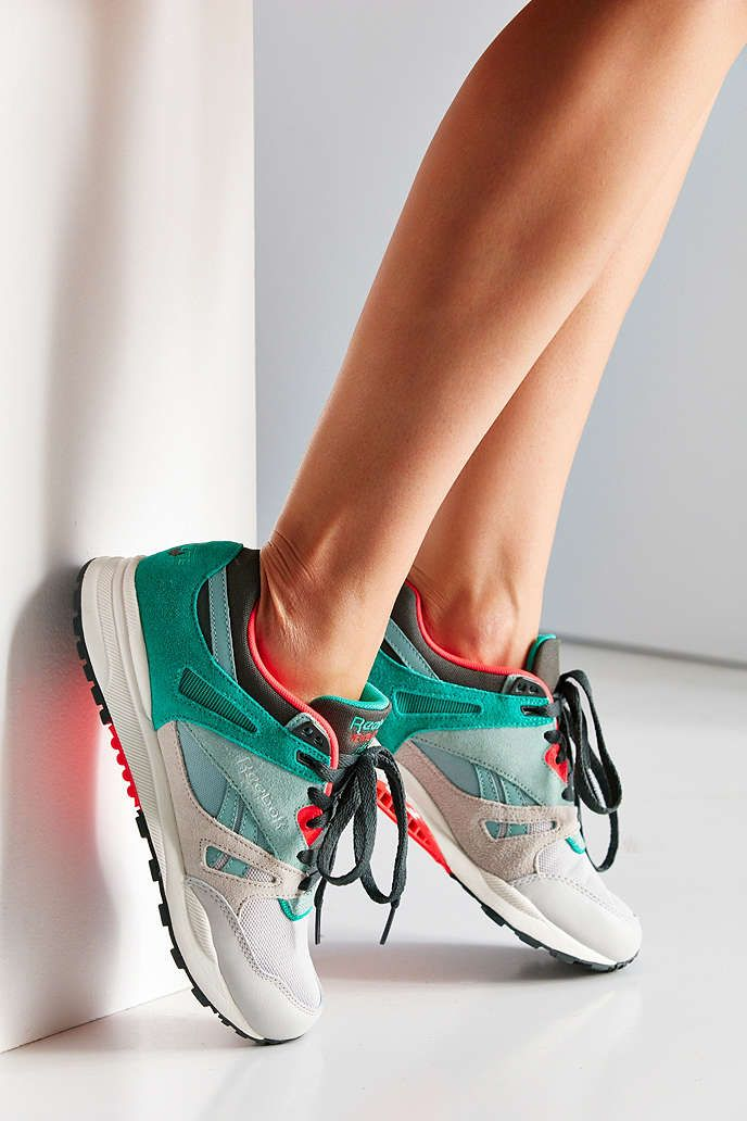 ca2992401a6f9d Reebok Ventilator Pop Sneaker - Urban Outfitters