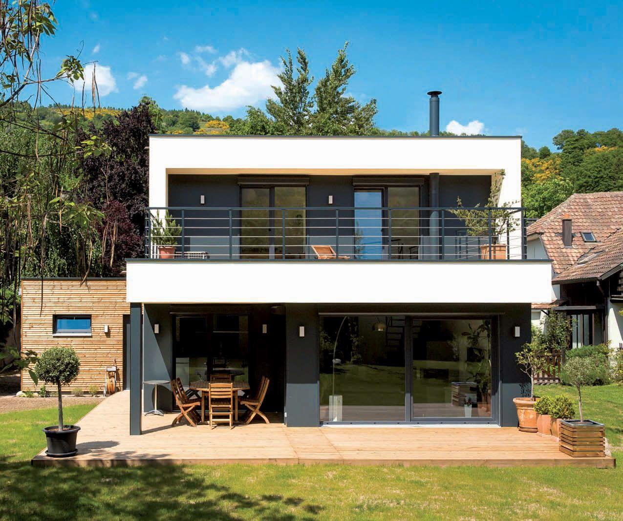 Simple et efficace a design pinterest maison bois maison et maison ossature bois for Maison prefabriquee bois