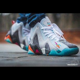 "220603bf2 ... Packer Shoes x Reebok Kamikaze II ""Remember the Alamo"" Sneakers  johnnyhibiscus ..."